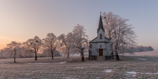 Obraz Zamrzlý kostelík